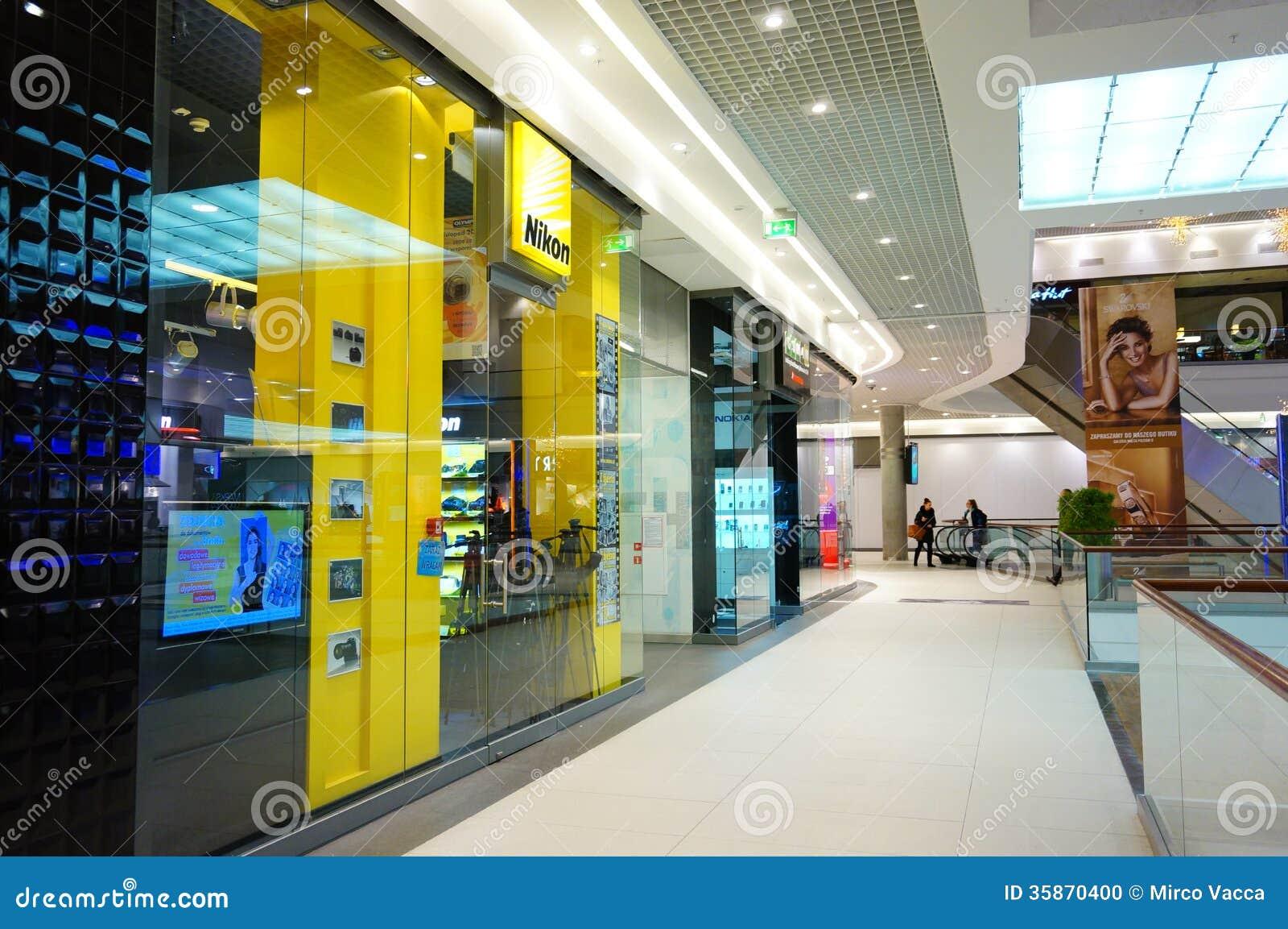 nikon shop editorial image image 35870400. Black Bedroom Furniture Sets. Home Design Ideas