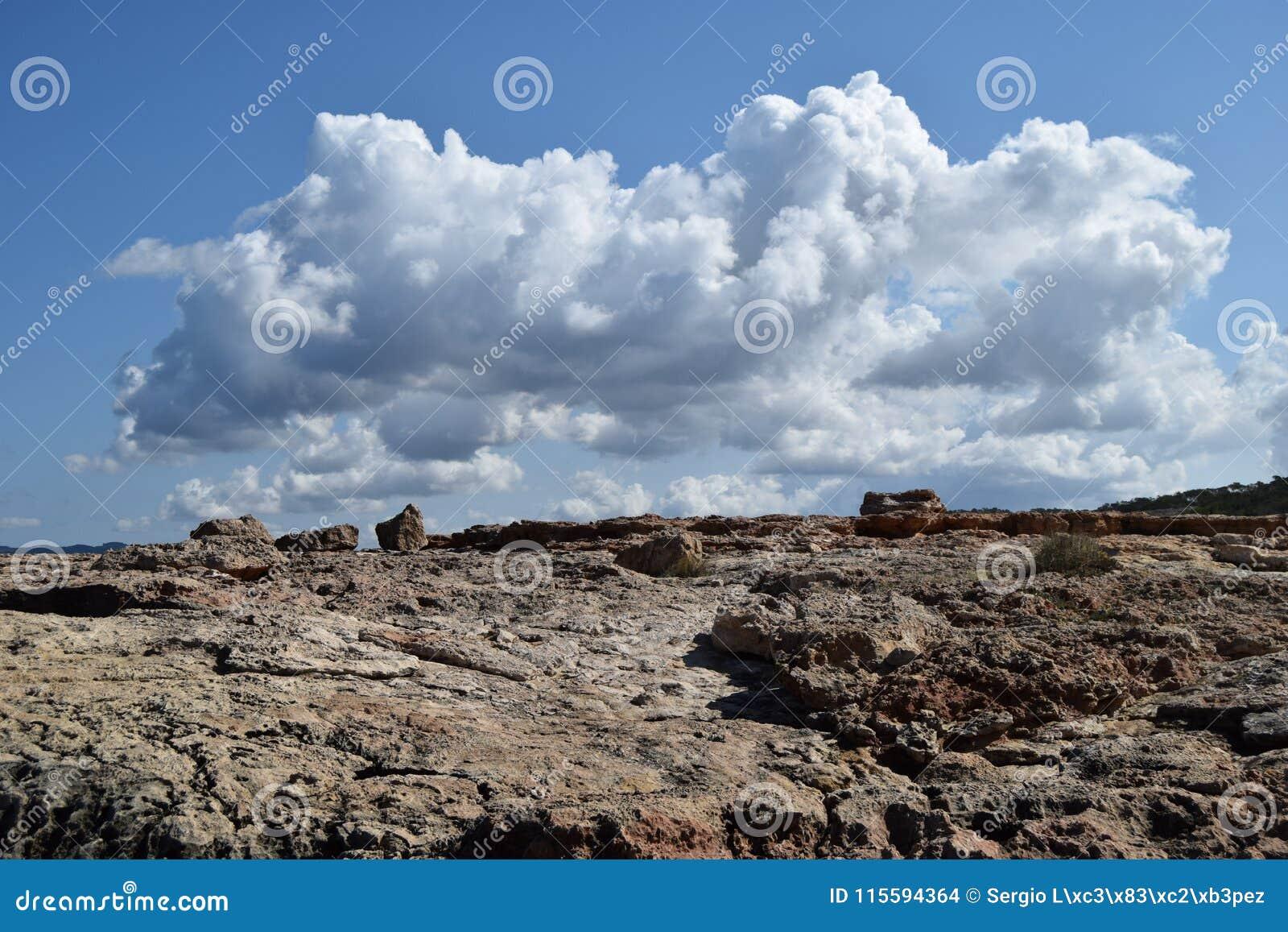 Nimbus sopra la terra
