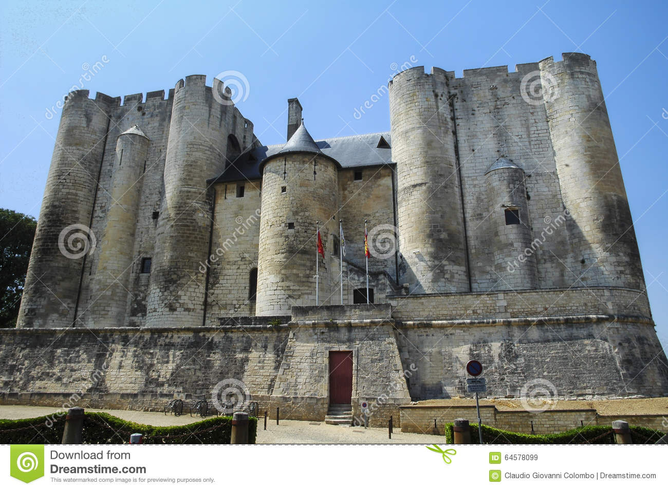 Niort - Castle Stock Sevres Outdoor Image Of Image 64578099 france