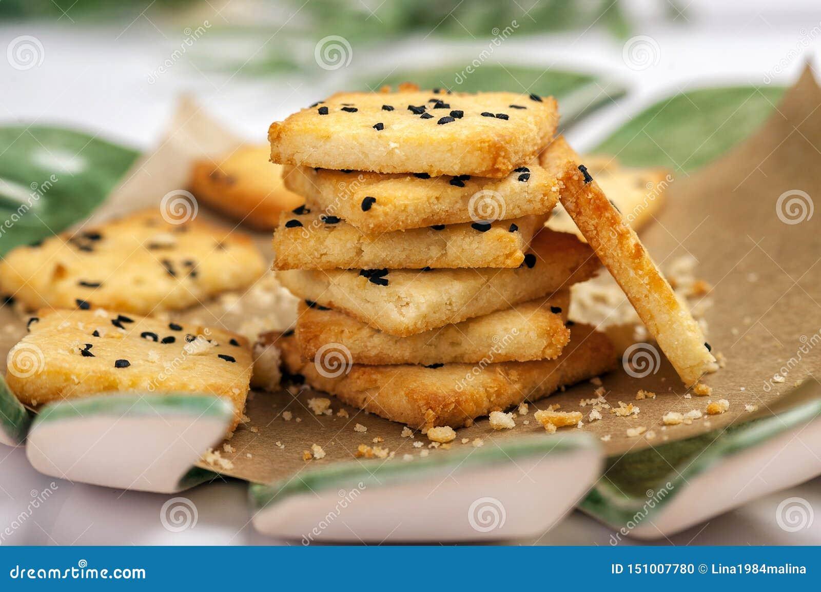 Niski carb gluten uwalnia krakersy