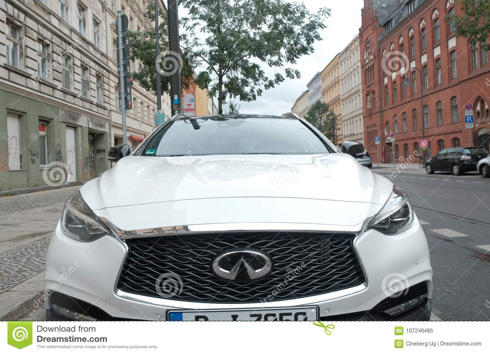 Nissan Infiniti White Car Editorial Image Image Of Brand 107246485
