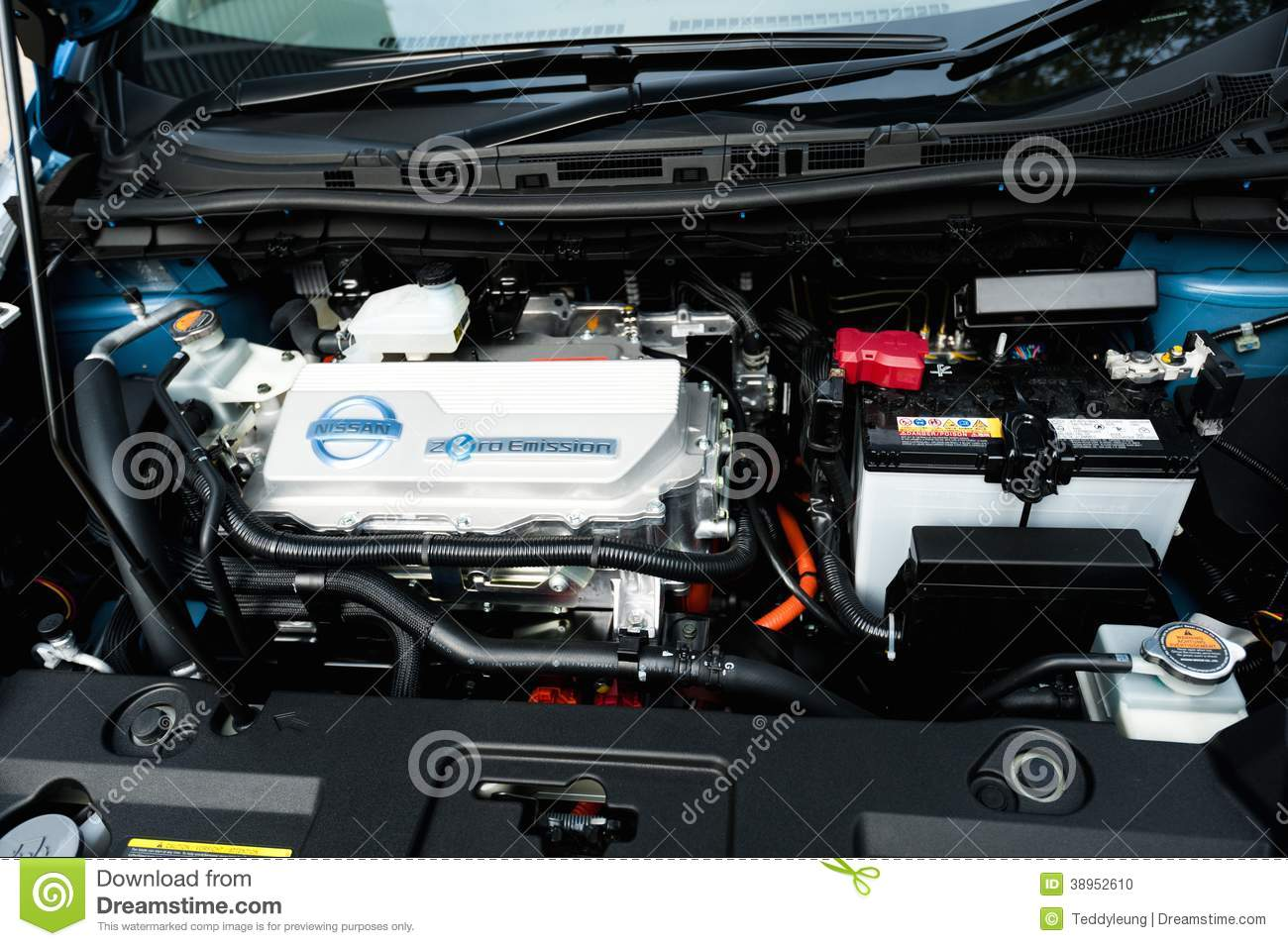 Nissan Leaf Electric Car Engine Editorial Image Image Of Electric