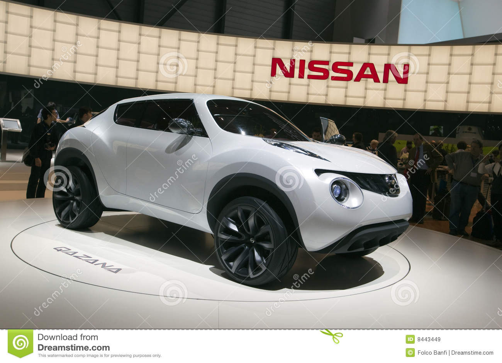 Nissan Qazana Concept 2009 Geneva Motor Show Editorial Stock