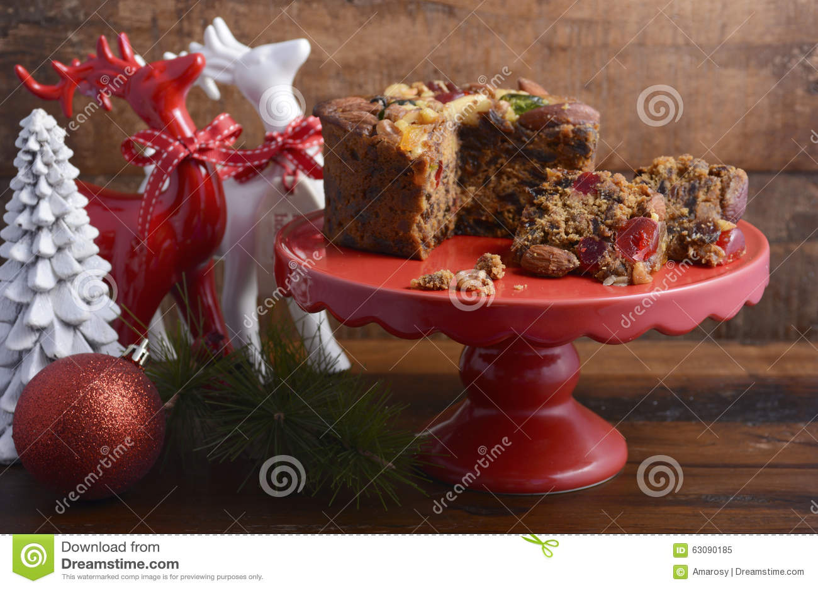 Download Noël Traditionnel Rich Fruit Cake Image stock - Image du nourriture, cerise: 63090185