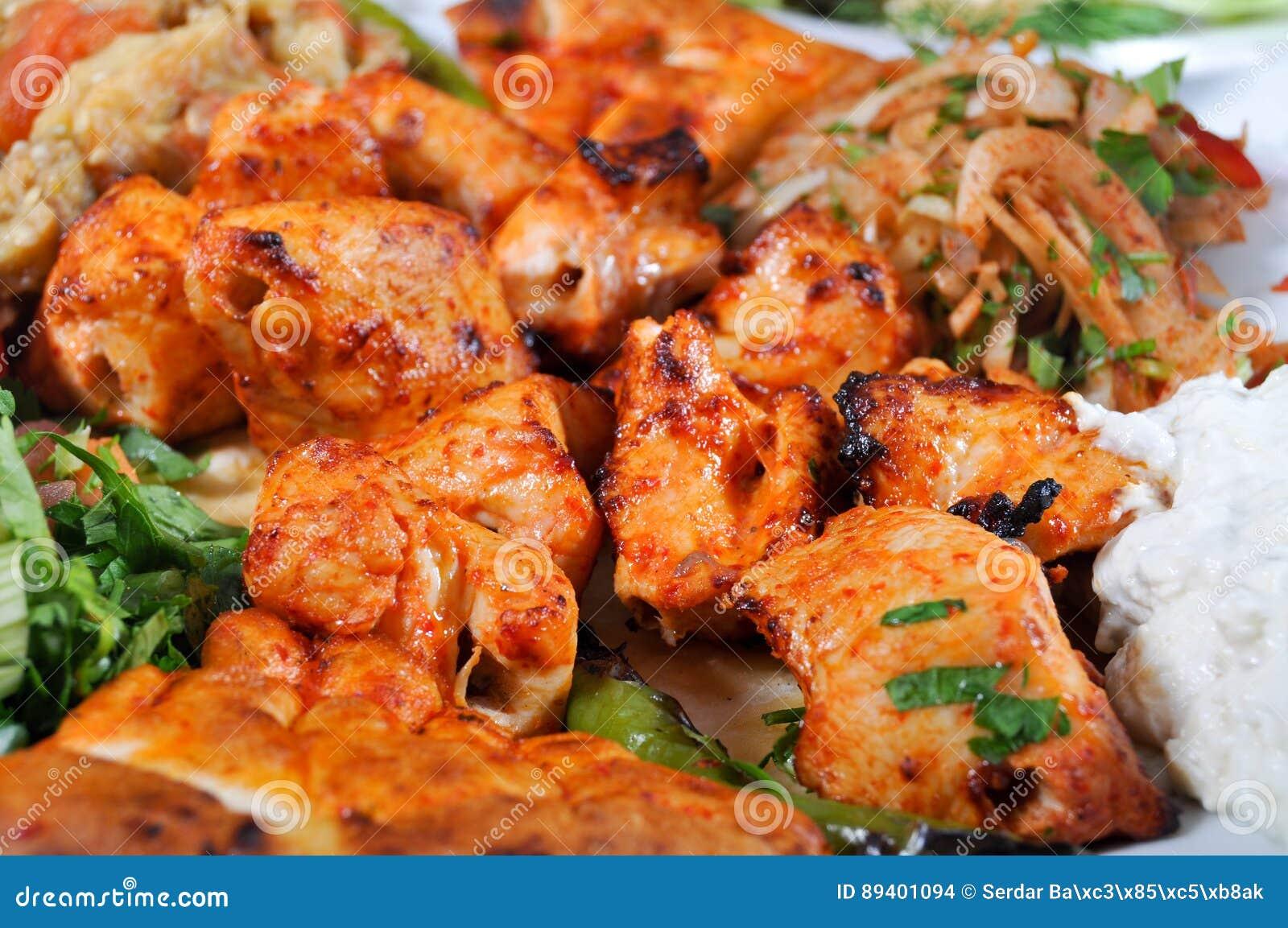 No espeto turco da galinha