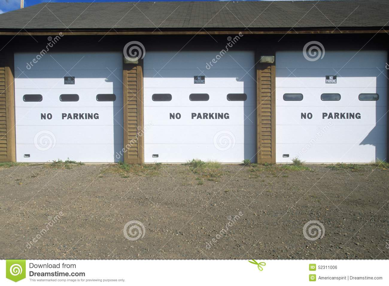 No Parking Signs On A Garage Door Editorial Photo Image Of