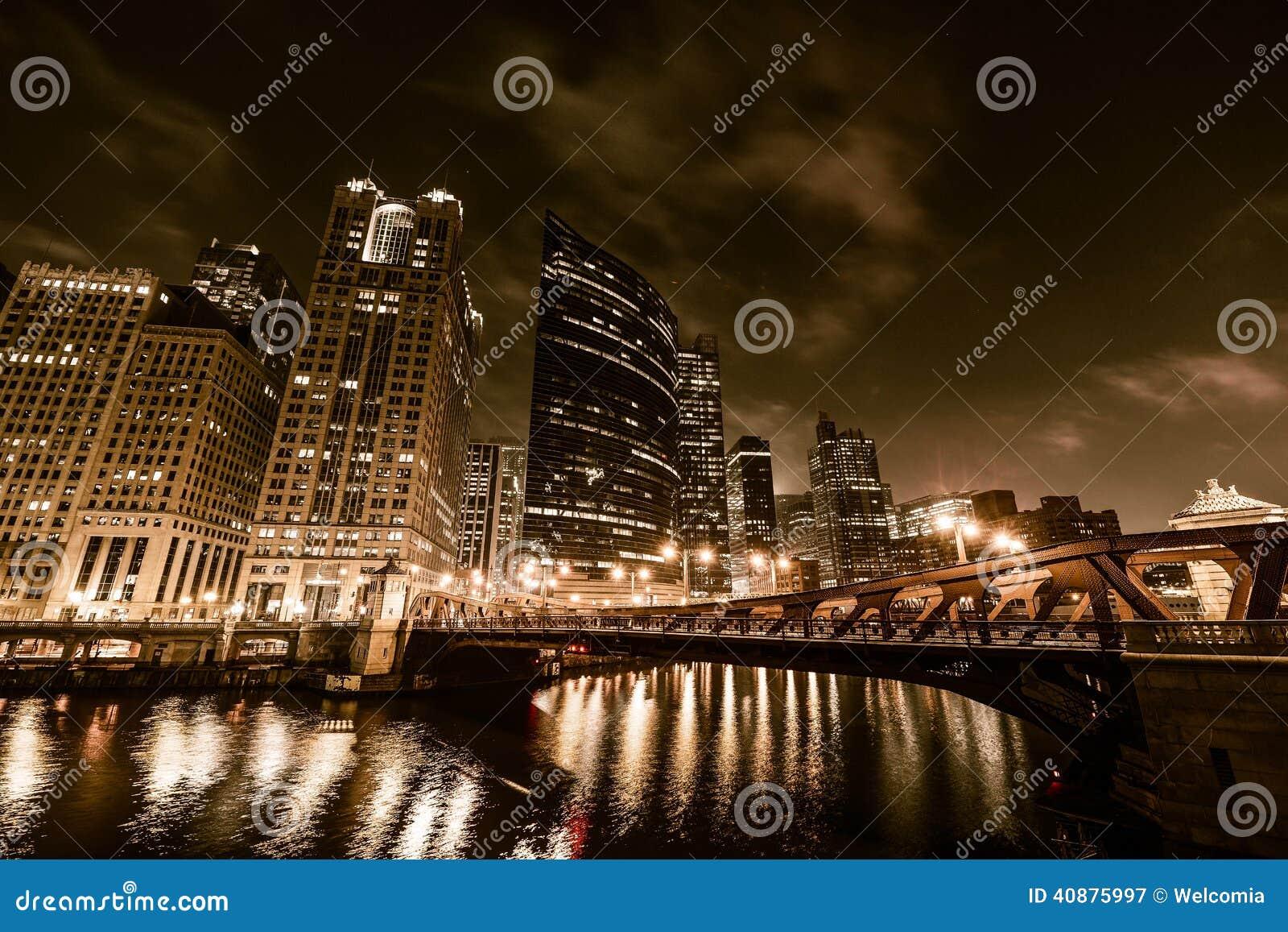 Noche de Chicago en de oro