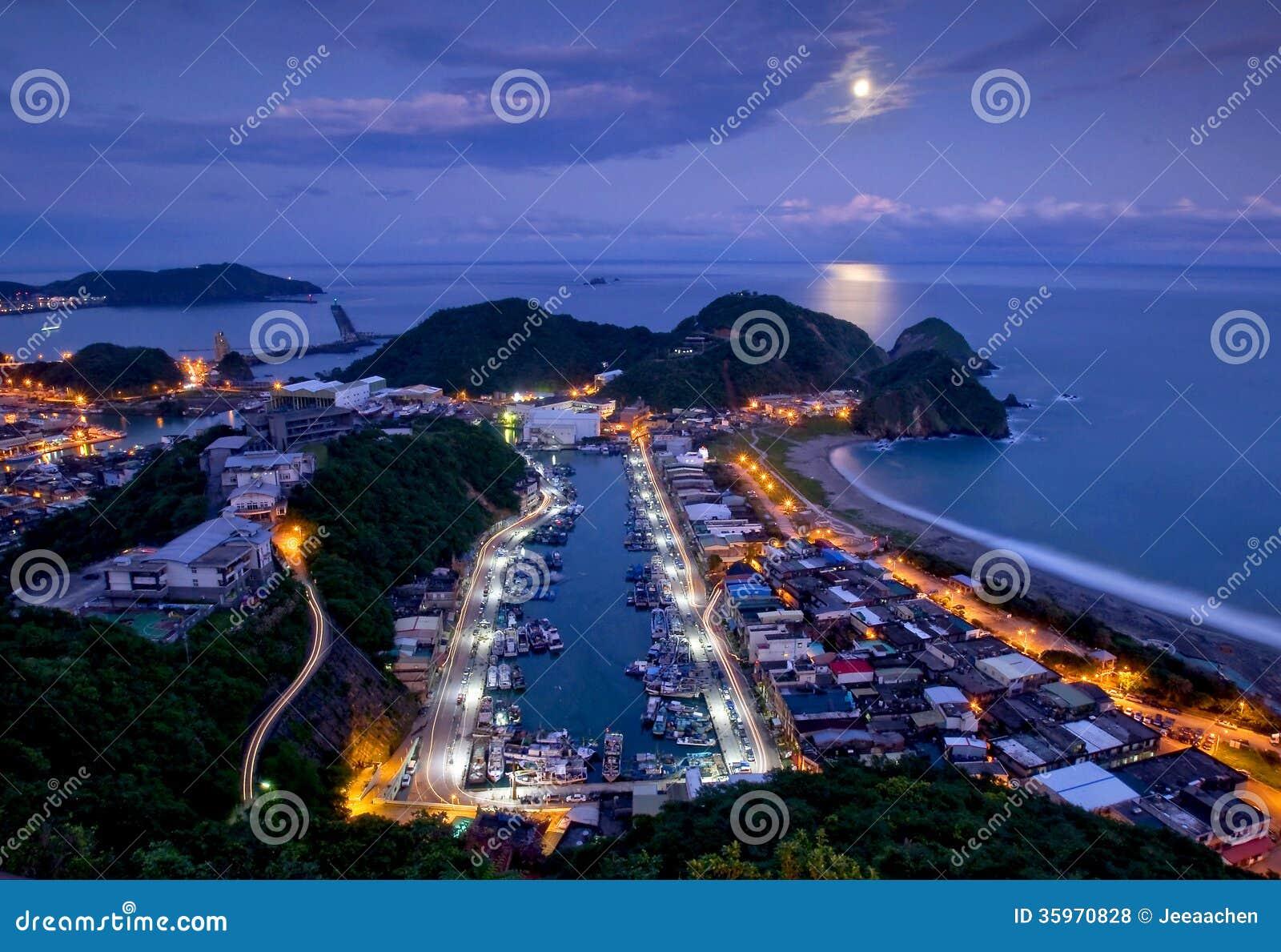 Noche de la playa de Taiwán
