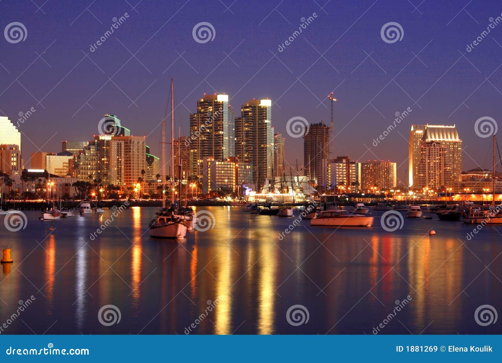 Noche en San Diego, Ca, horizonte