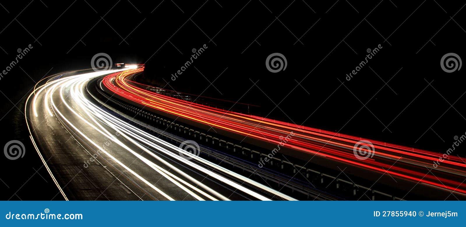 Nocy ruch drogowy