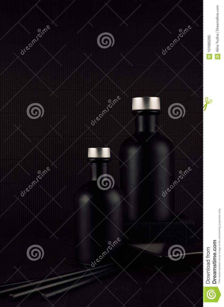 Noir Exquisite Home Decor With Blank Black Cosmetics Bottles Ceramics On Dark Wood Board