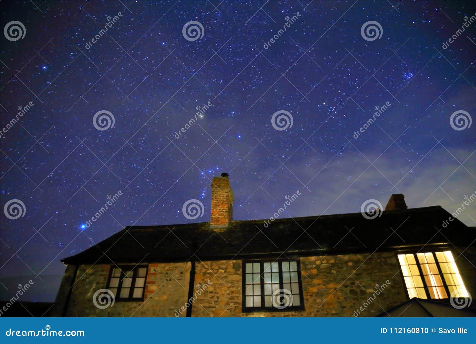 Noite estrelado