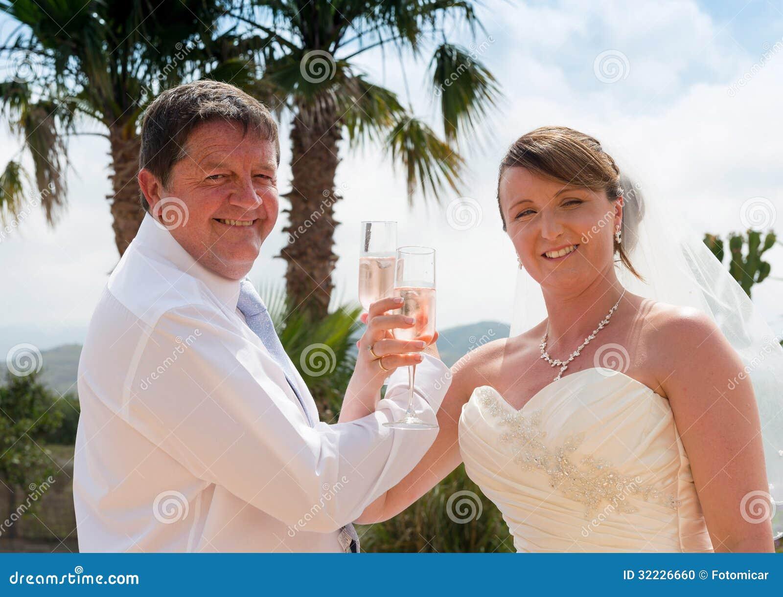 Download Noivos foto de stock. Imagem de bride, southern, marido - 32226660