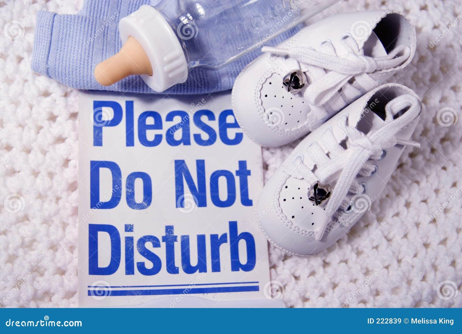 Non disturbi prego il bambino