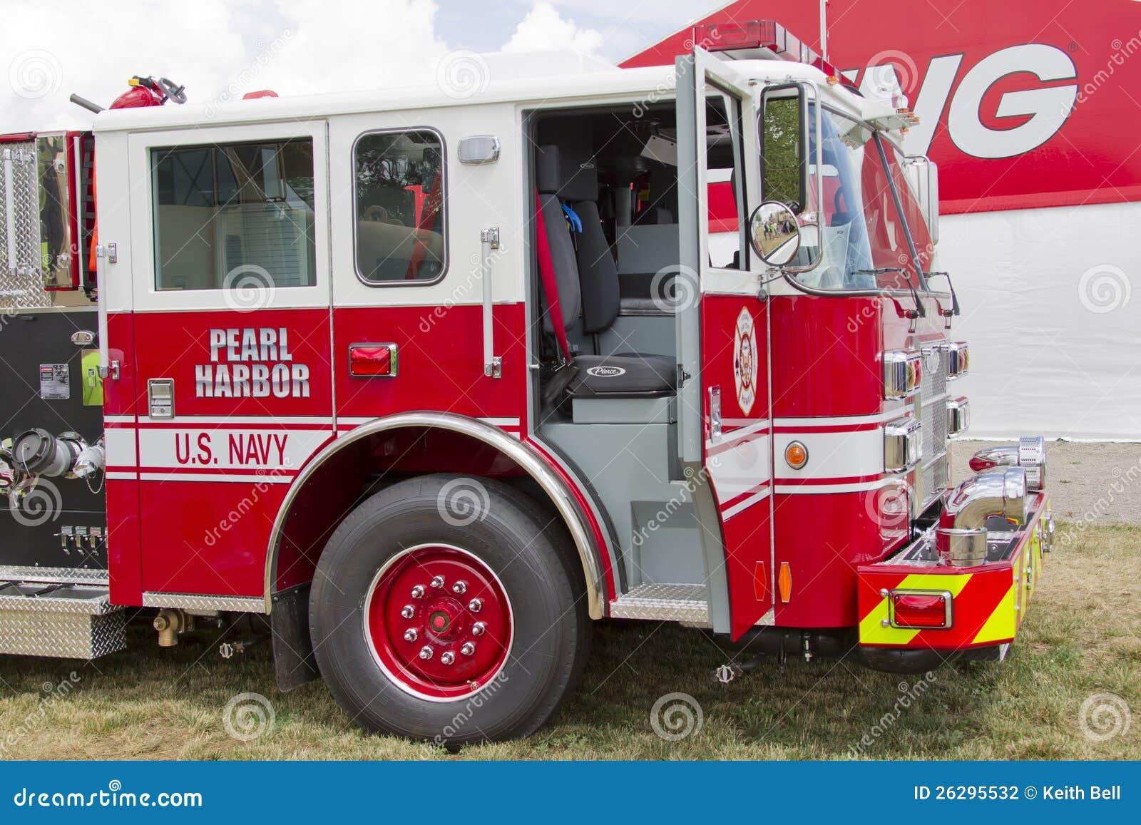 皮尔斯消防车价格_皮尔斯消防车指示了美国海军珍珠港 图库摄影片