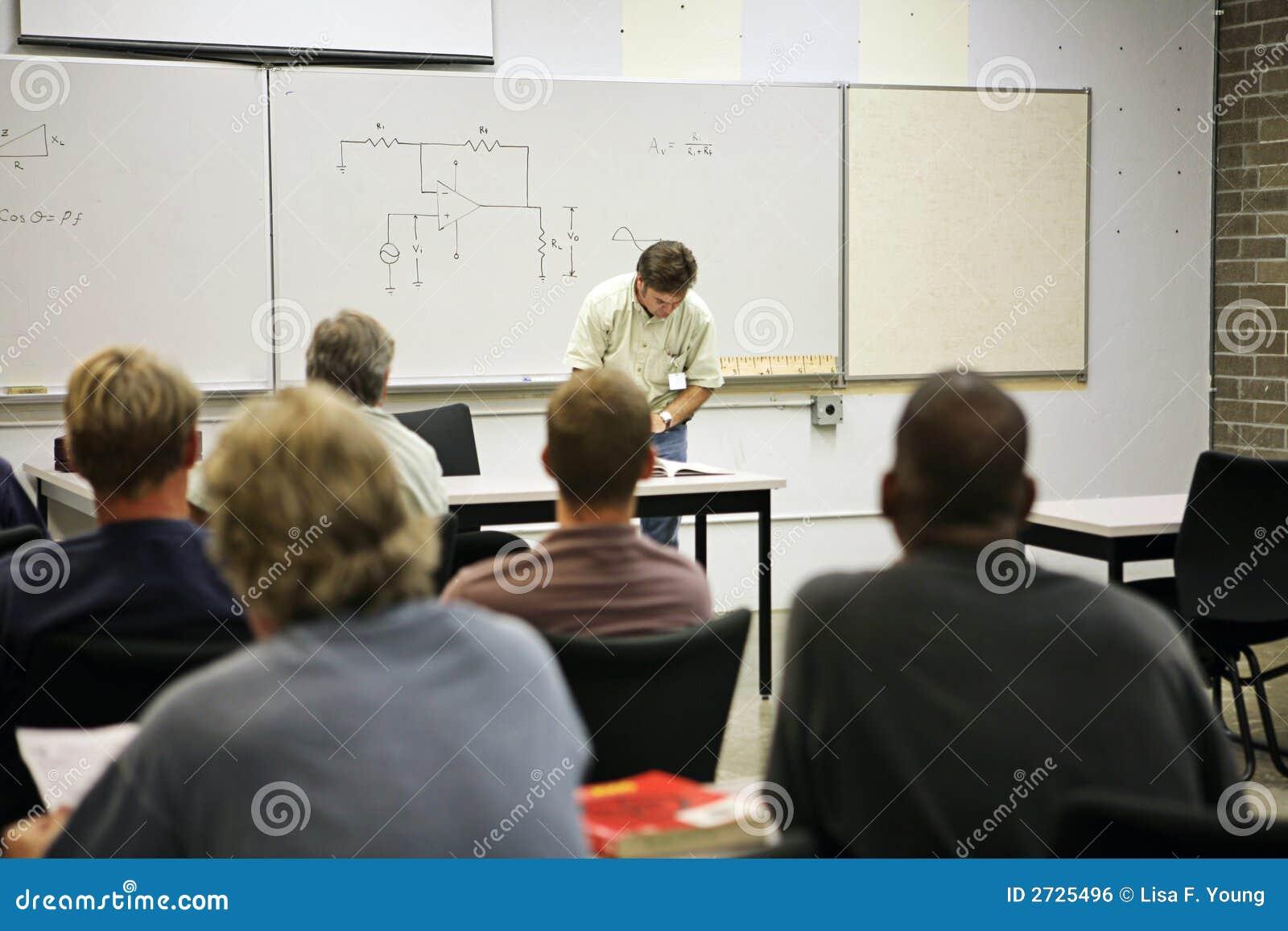 东成人教育先��cey/c_电子的成人教育