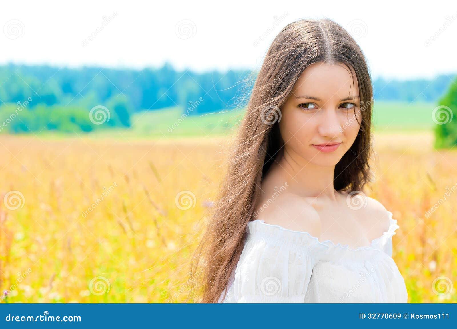 Смотреть русских красивых девушек картинки 22 фотография