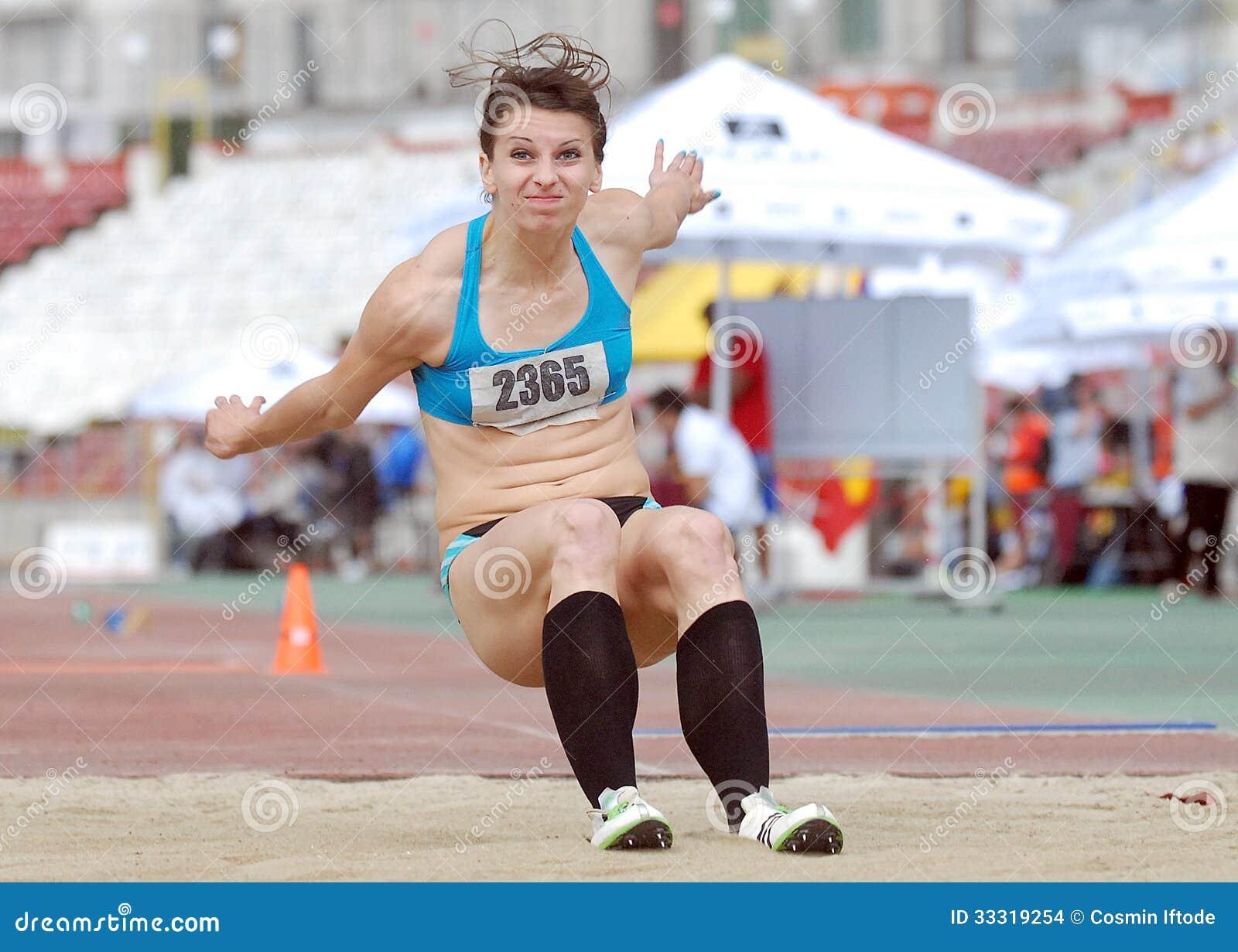 中国女子三级跳_三级跳女子运动员