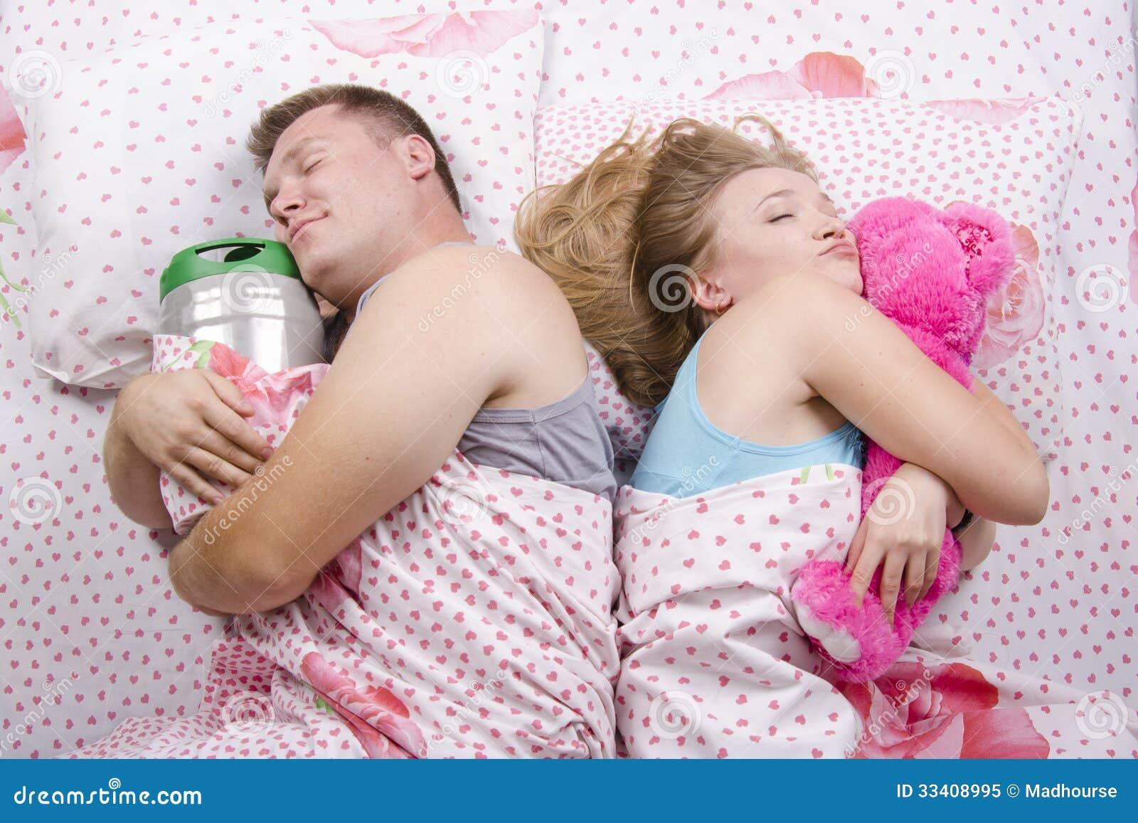 С женой в кровате фото 2 фотография