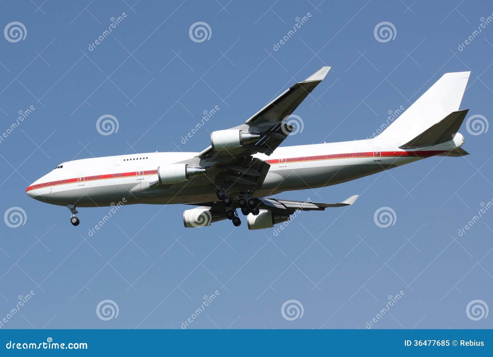 使飞机降落 免版税库存照片