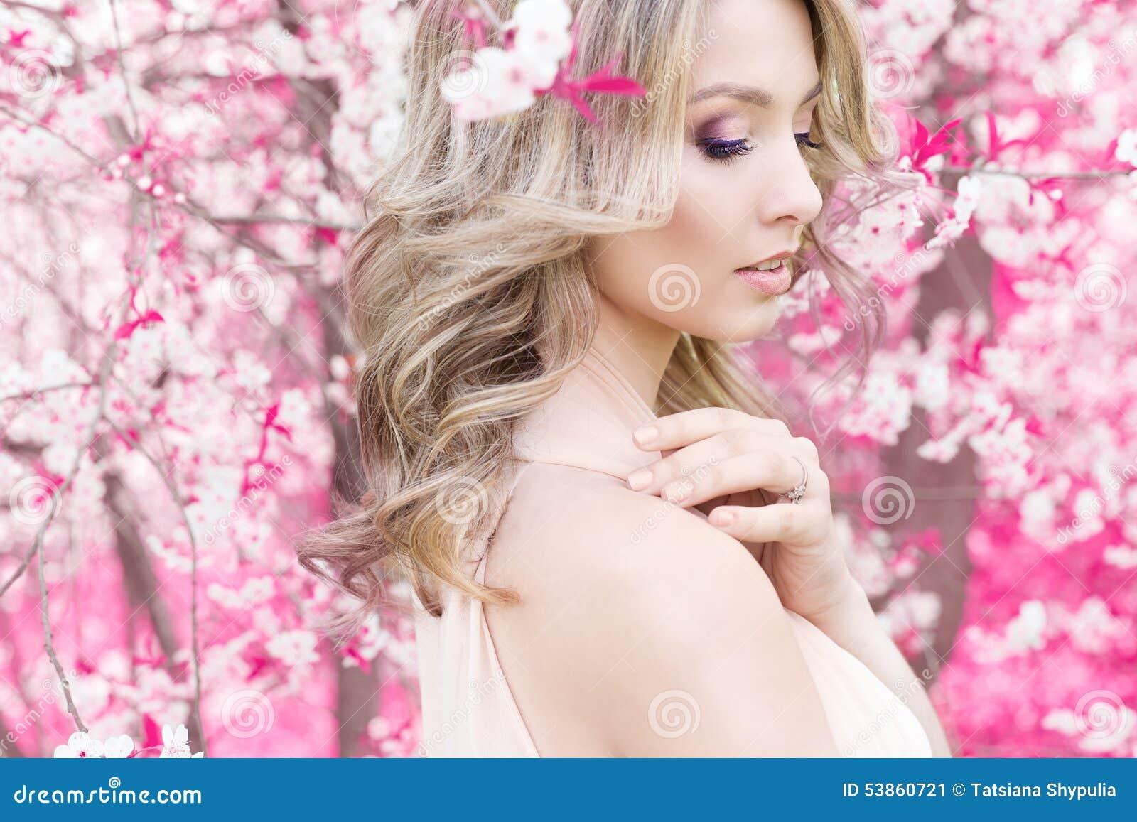 Фото красивых милых нежных девушек 4 фотография