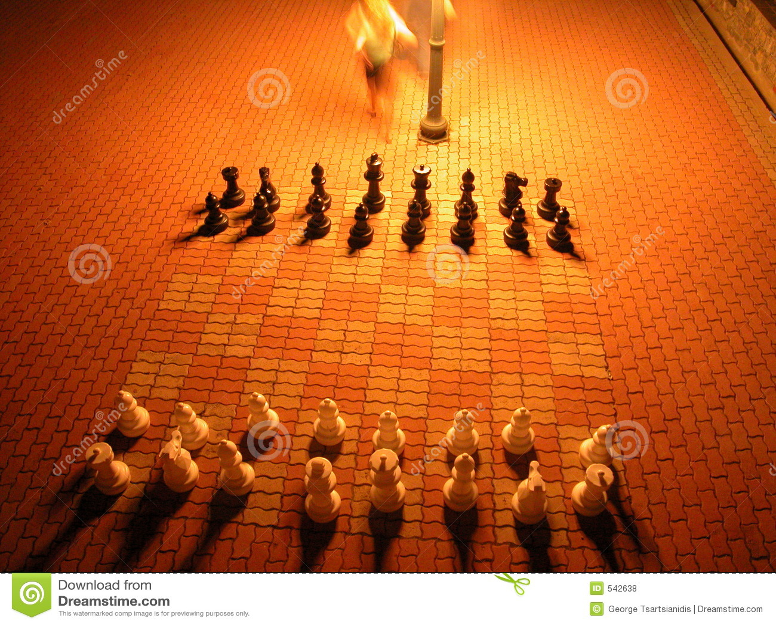 Download 棋 库存照片. 图片 包括有 对象, 玻璃, 执行, 关闭, 会议室, 射击, 自然, 印第安语, 移动, 小组 - 542638