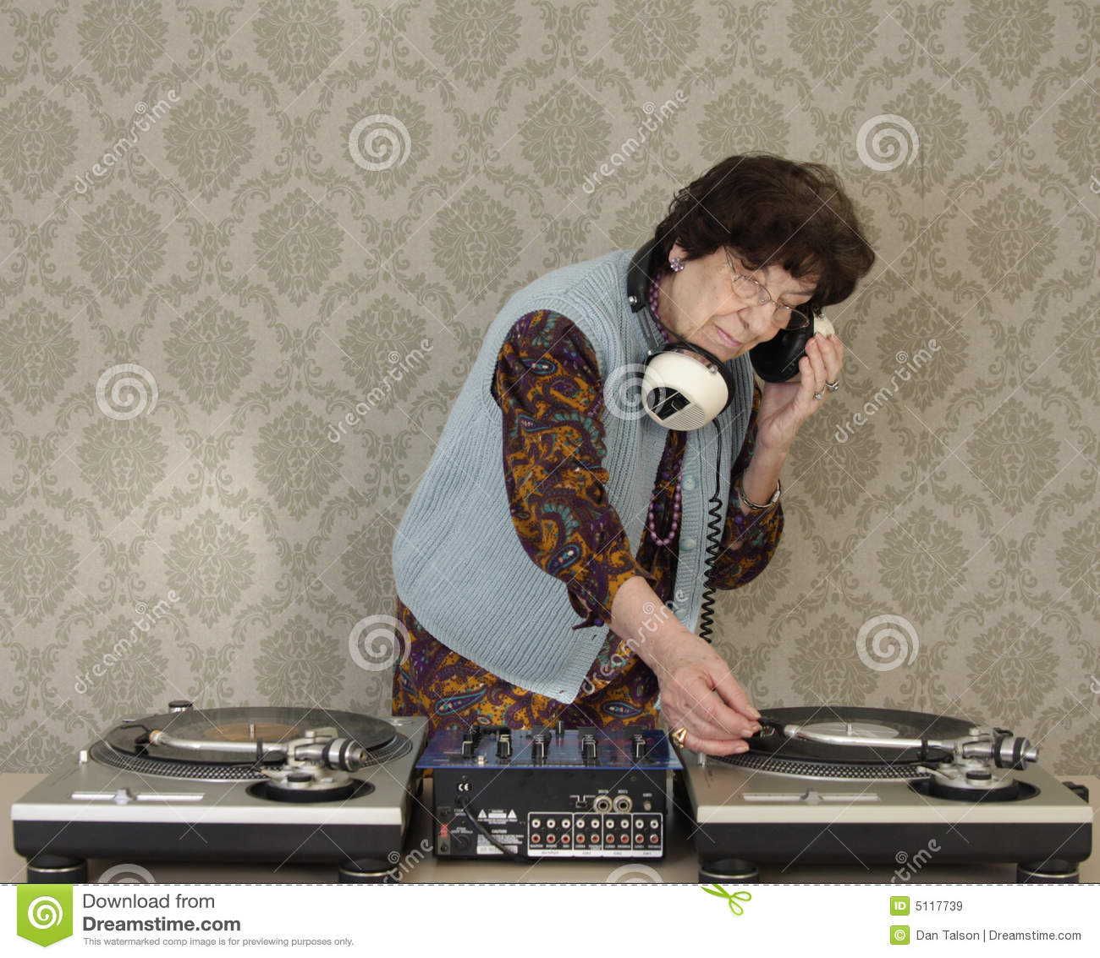 Nonna DJ