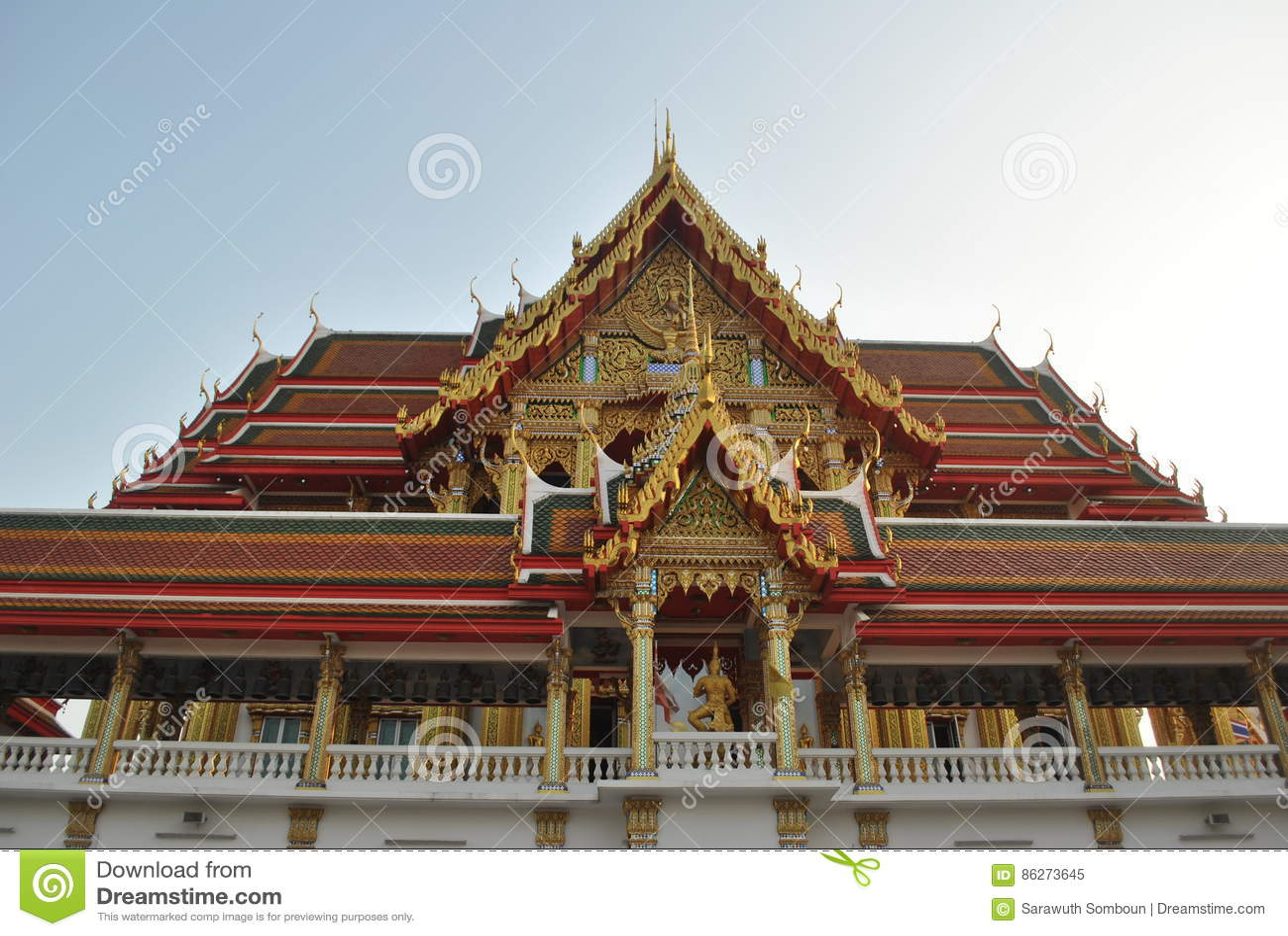 Nonthaburi buakwan Tailandia del wat budista hermoso del edificio