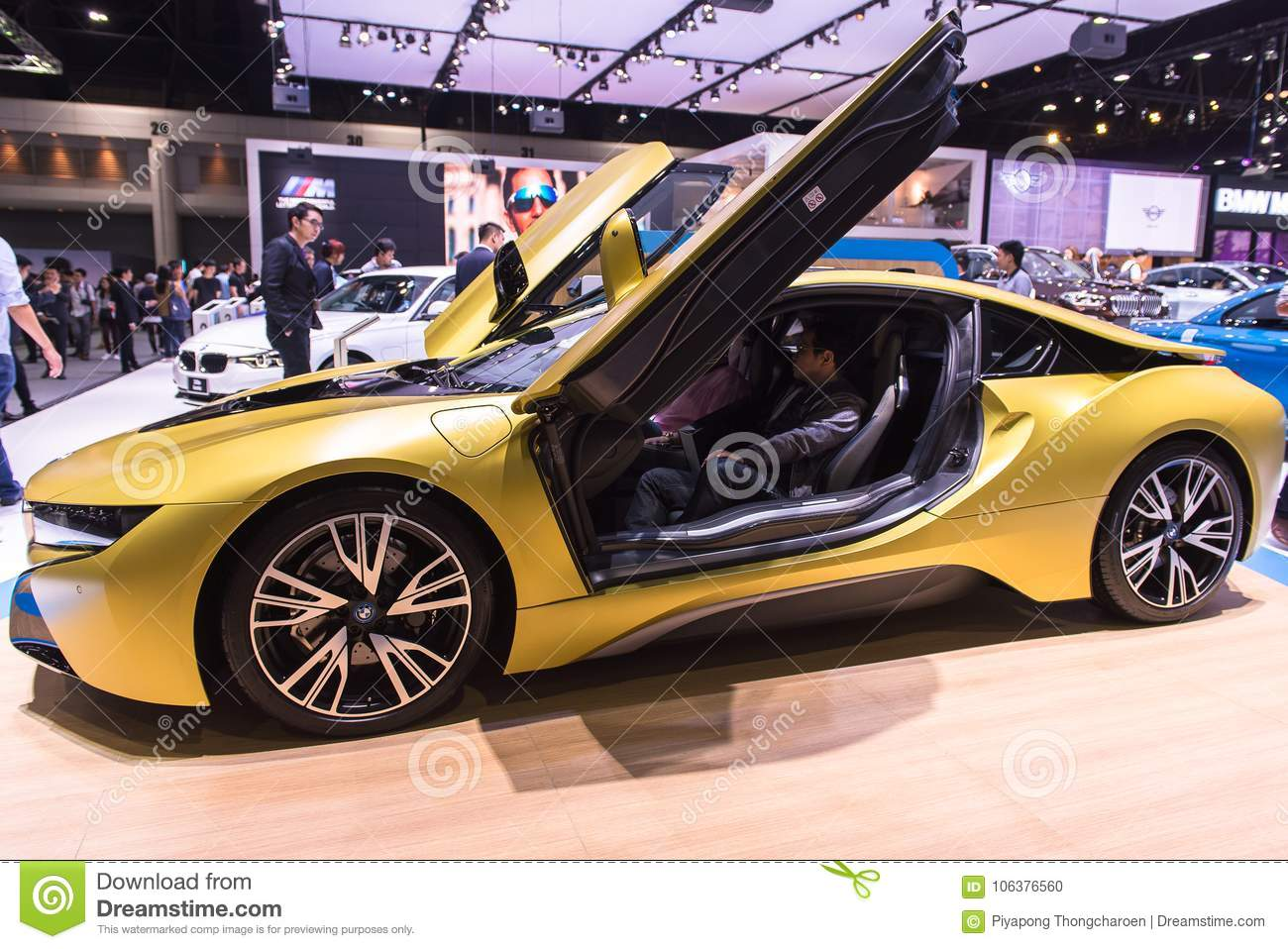 Nonthaburi Thailand December 9 2017 View Of Bmw I8 Protonic