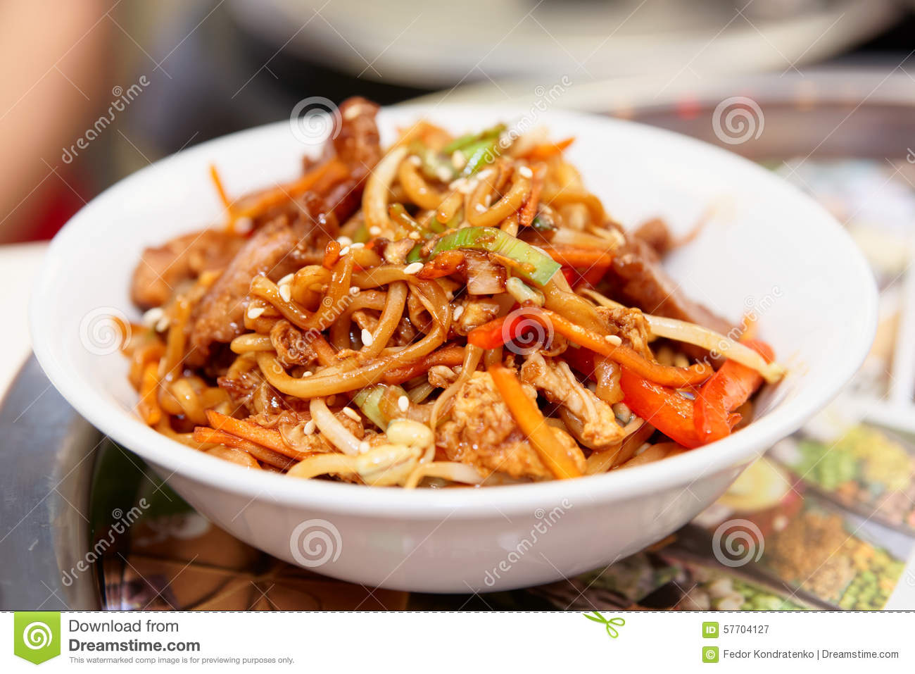 Noodles cooked in wok asian food stock image image of for Cuisine wok