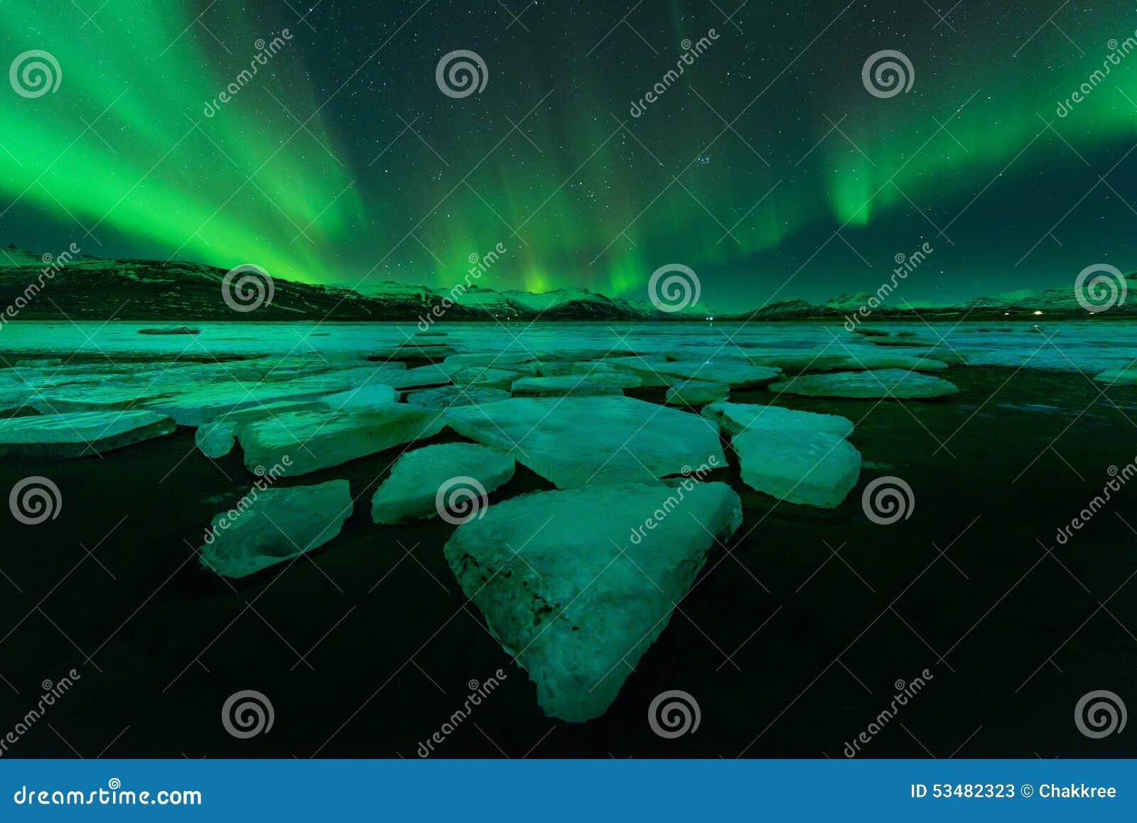 Noordelijke Lichten (Aurora Borealis) in IJsland
