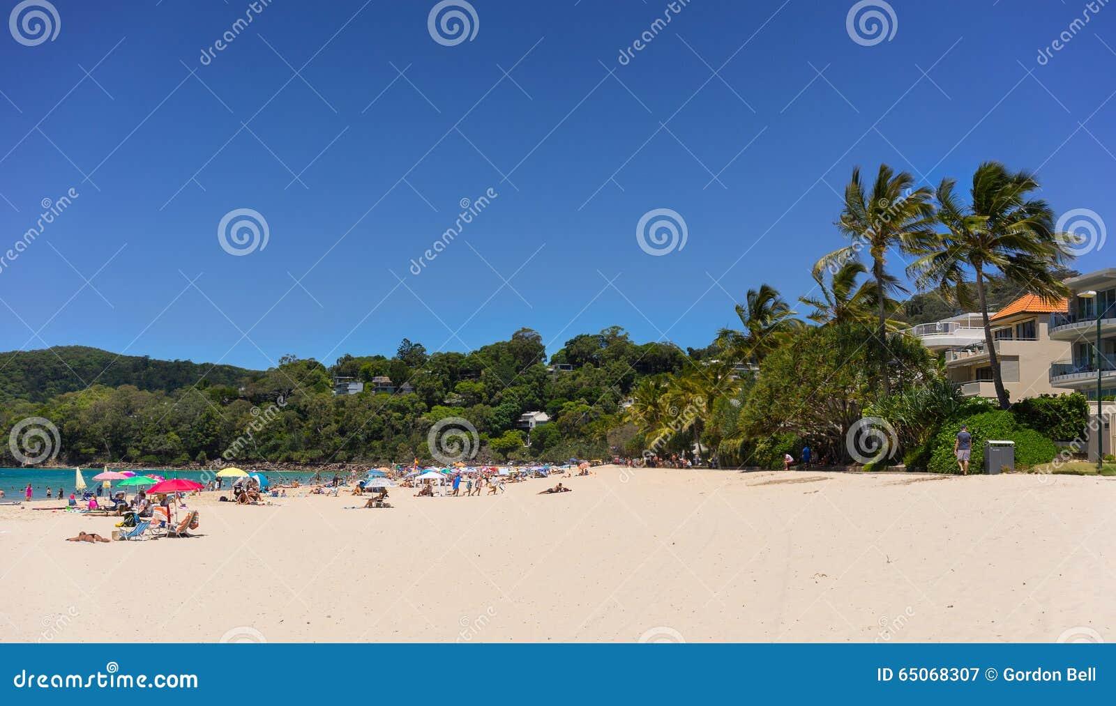 Noosa dirige la playa