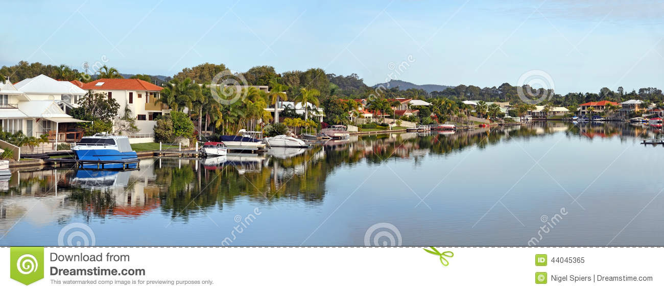 Noosa Waters Houses, Canal, Boats & Jetty, Queensland Australia Stock Image - Image of water ...