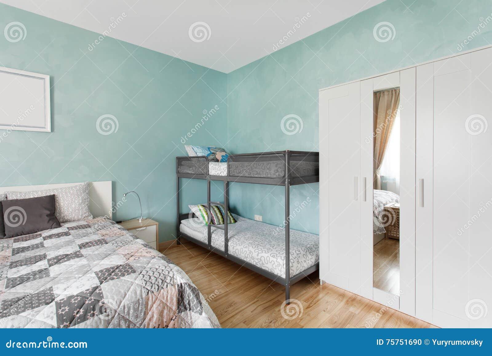 Nordisches Schlafzimmer In Der Blauen Farbe Stockfoto - Bild von ...