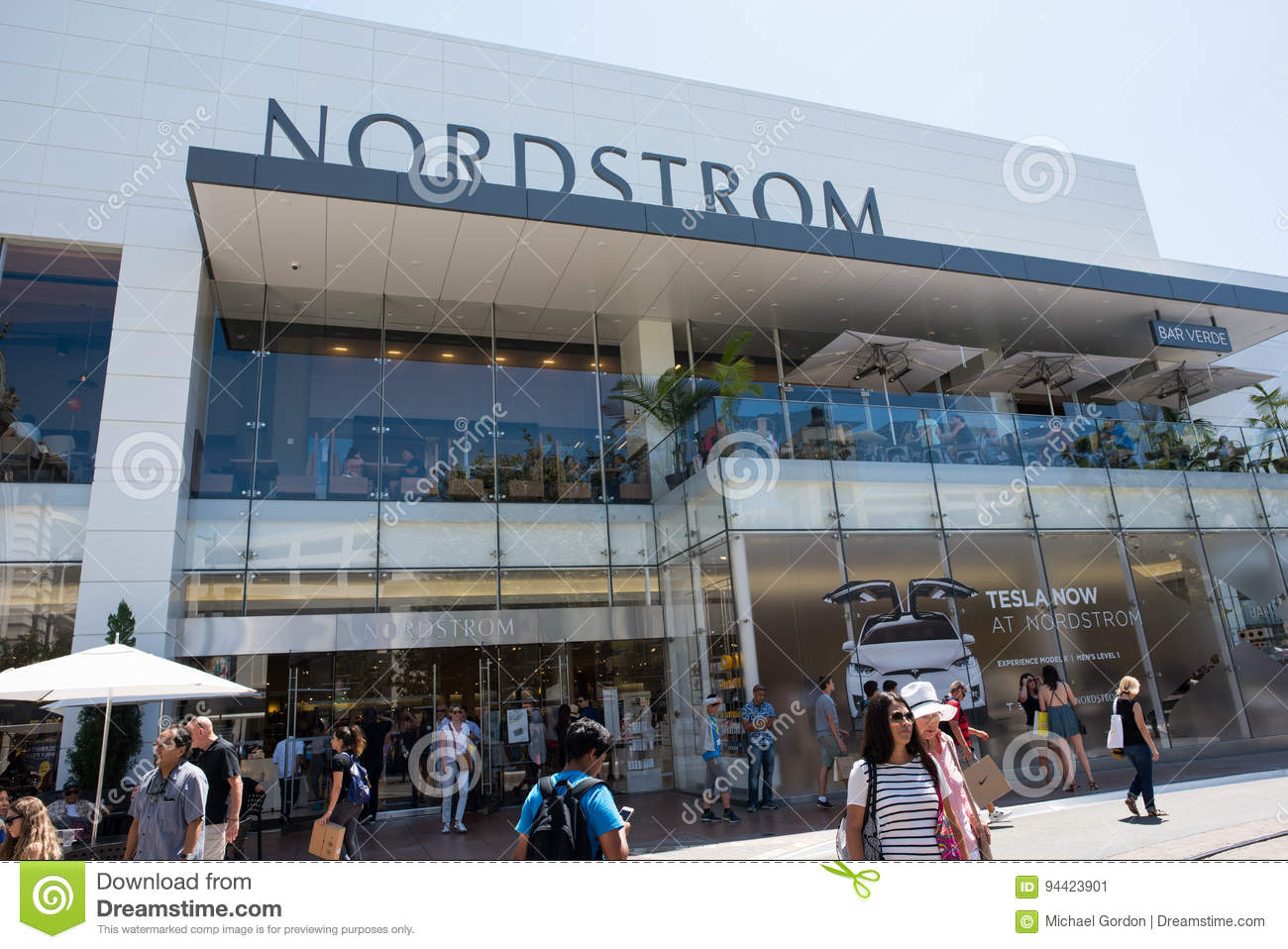 Nordstrom The Grove >> Nordstrom At The Grove Editorial Photo Image Of Commercialization