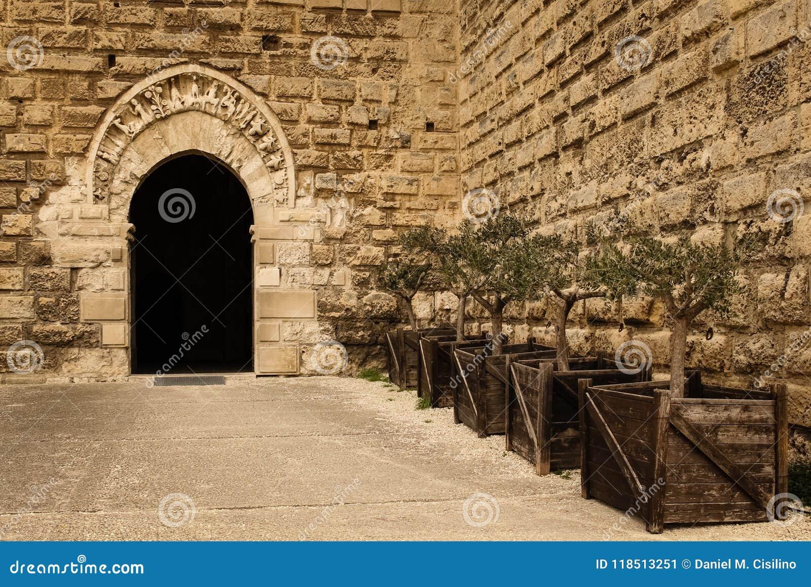 Norman Swabian Castle _ Apulia eller Puglia italy
