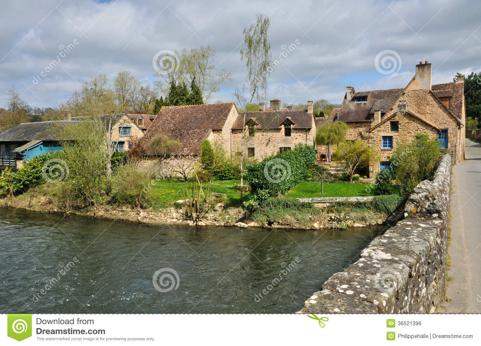 Fluss In Der Normandie 4 Buchst
