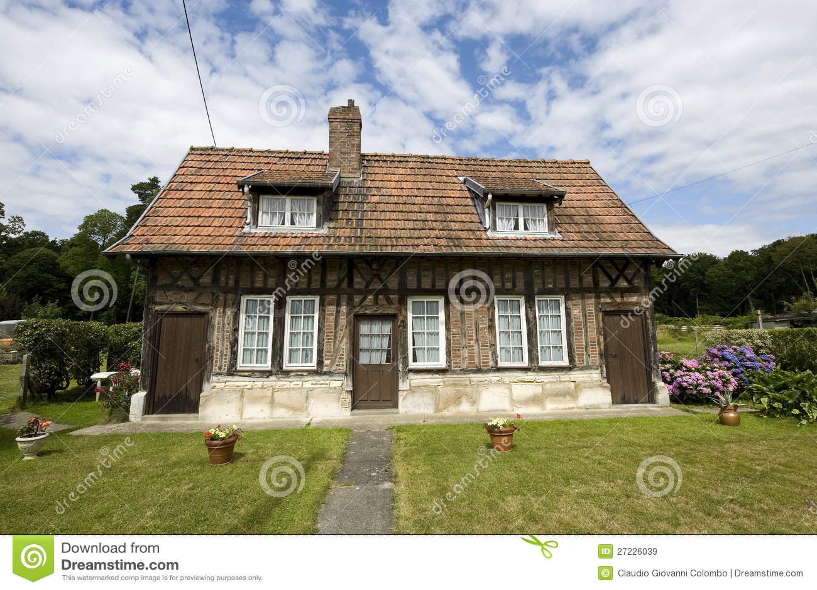 Normandy country house stock image image of facade - Pavimentazione esterna casa di campagna ...