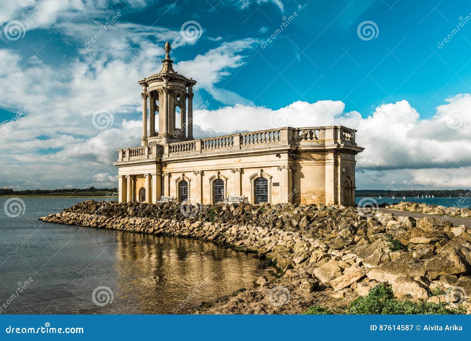 Normantonkerk in Rutland Water Park, Engeland