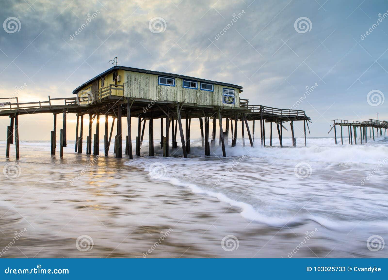 Norr Carolina Frisco Abandoned Fishing Pier