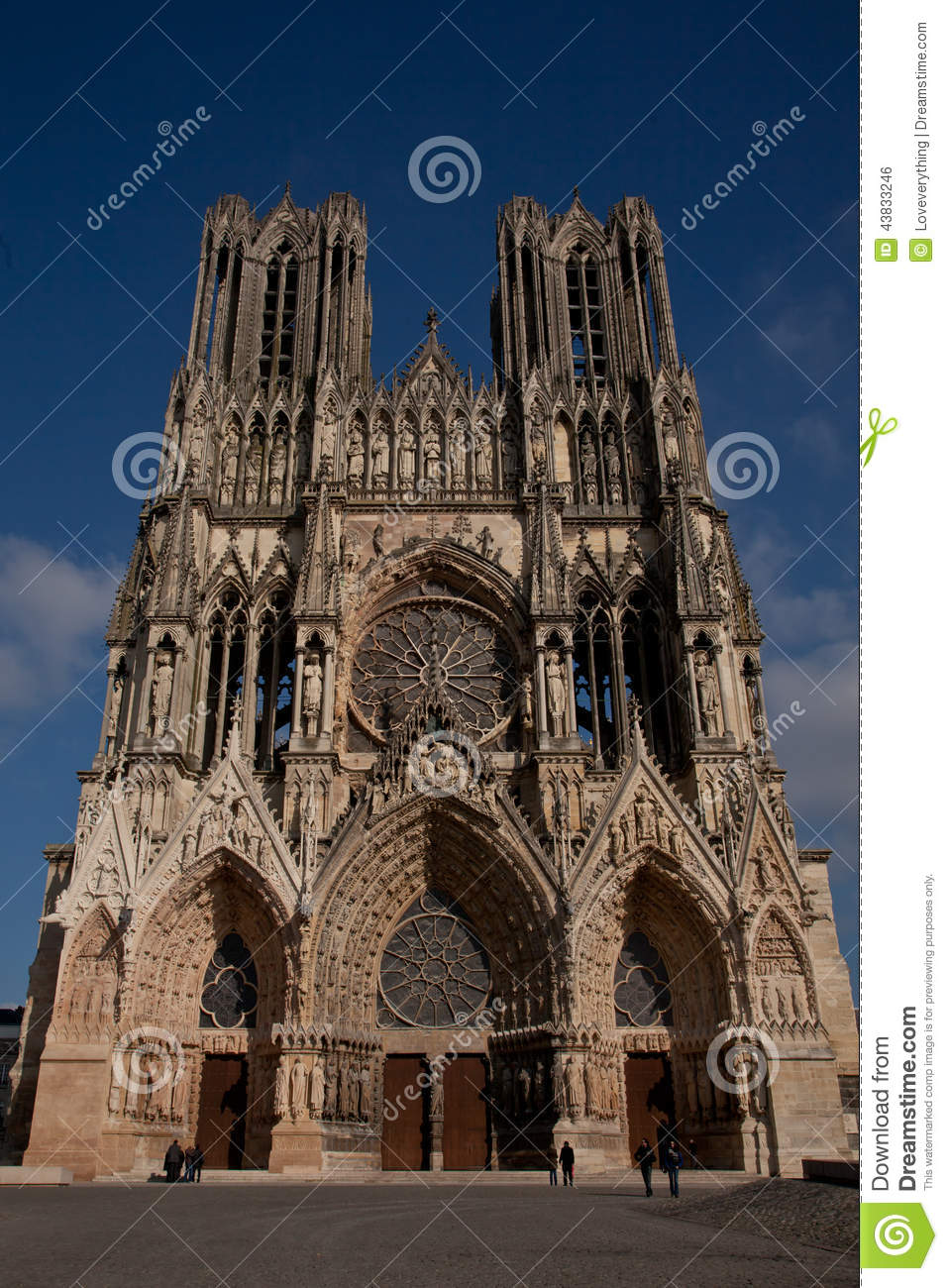 Norte-Dame de Reims editorial photo. Image of cathedral - 43833246
