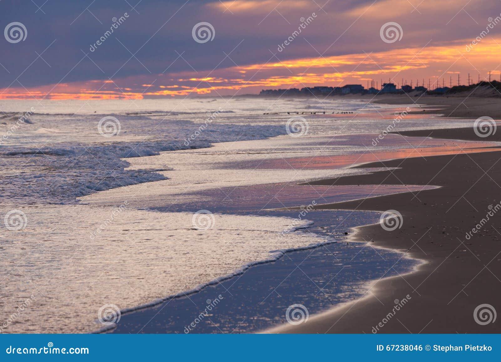 North Carolina USA der Strand-Sonnenuntergang-äußeres Bank-OBX