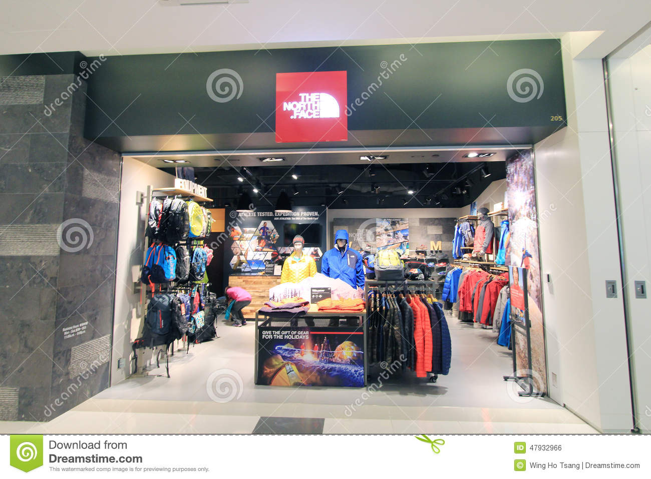 91b916fd4 The North Face Shop In Hong Kong Editorial Photo - Image of food ...
