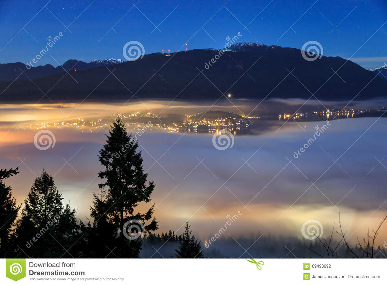 North Vancouver By Sea Inlet In A Foggy Evening Stock ...