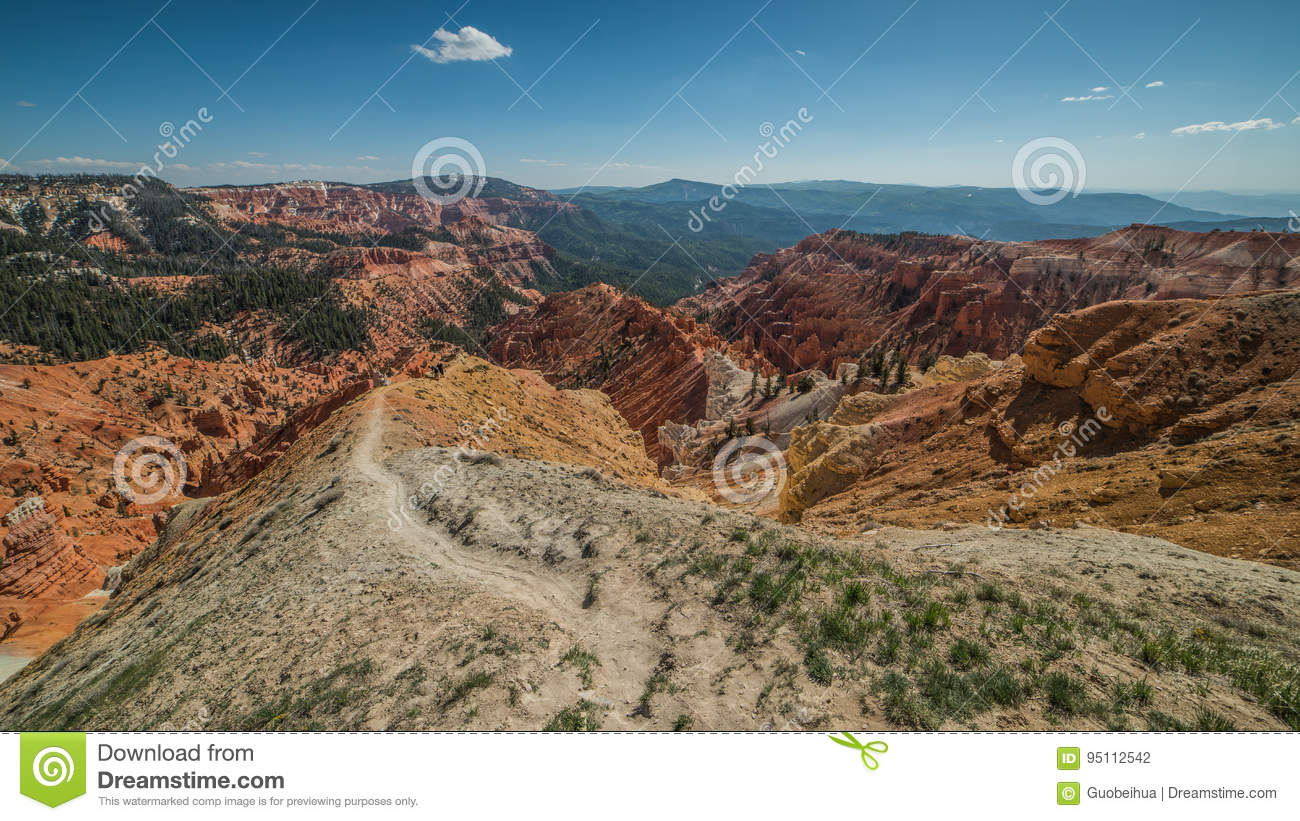 North View Trail and Panorama of Hoodoos Formation in Cedar Breaks National Monument, Brian Head, Utah