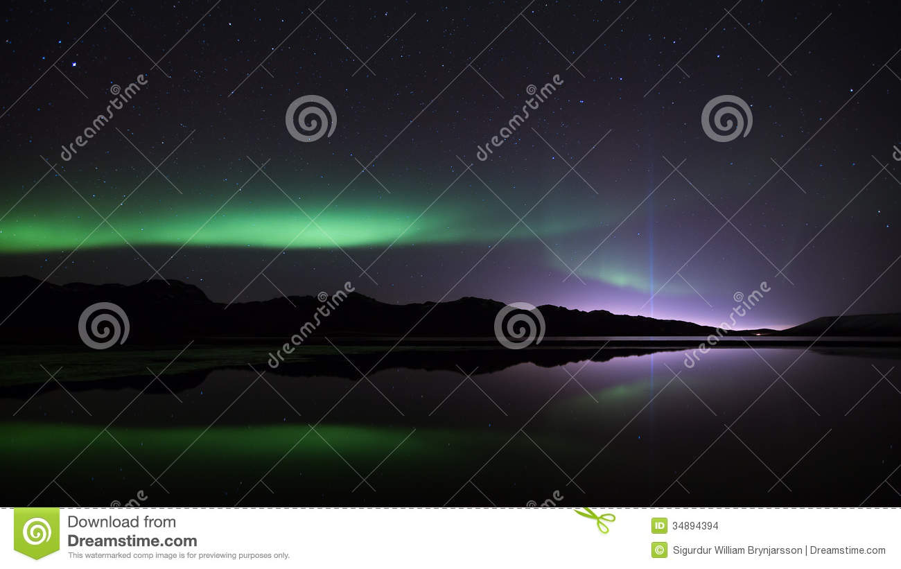 Northern Lights & the Peace Tower