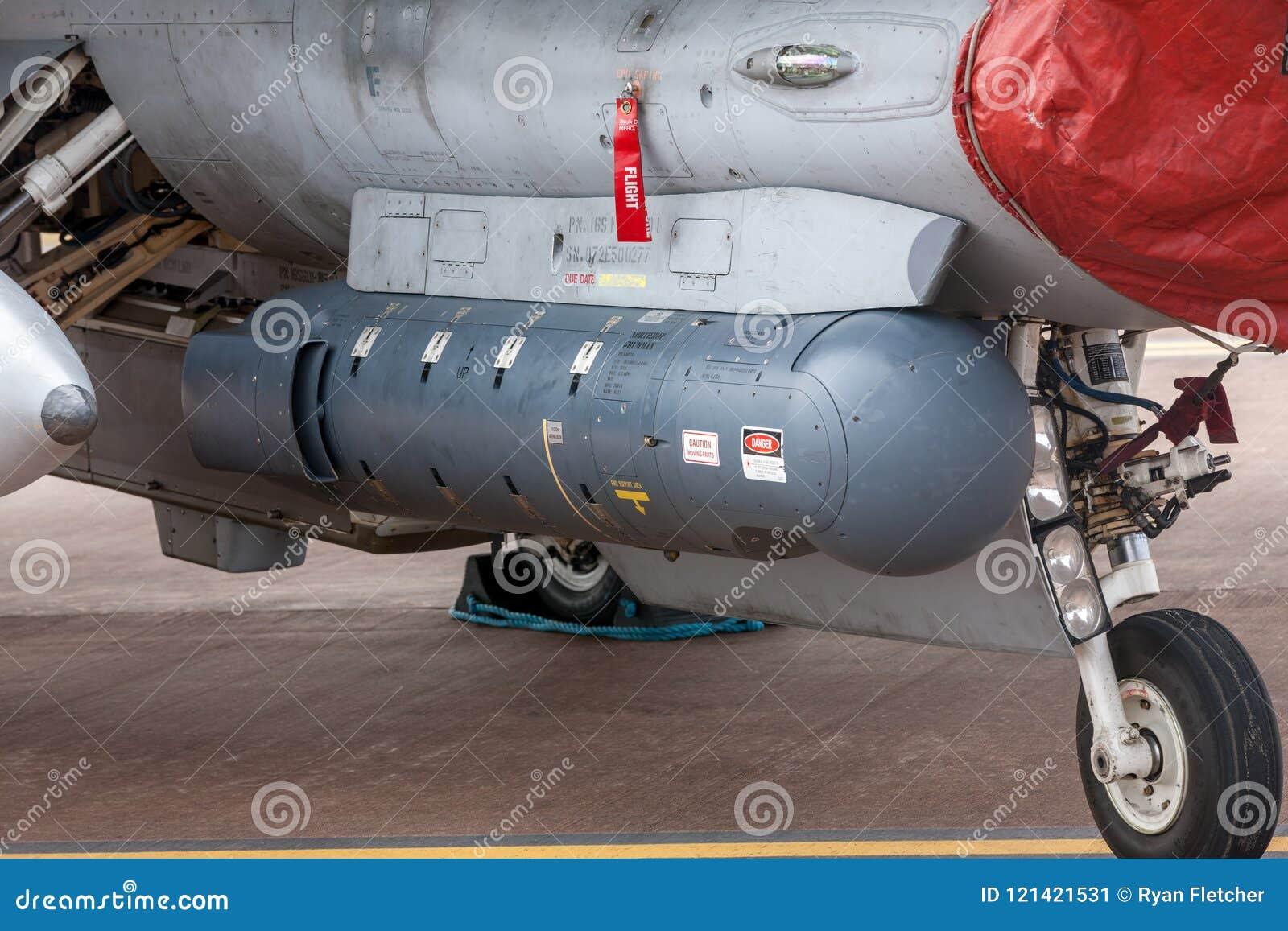 Northrop Grumman AN/AAQ-28 LITENING celuje strąka jest i posuwa się naprzód celujący system używać szeroką rozmaitością bojowy sa
