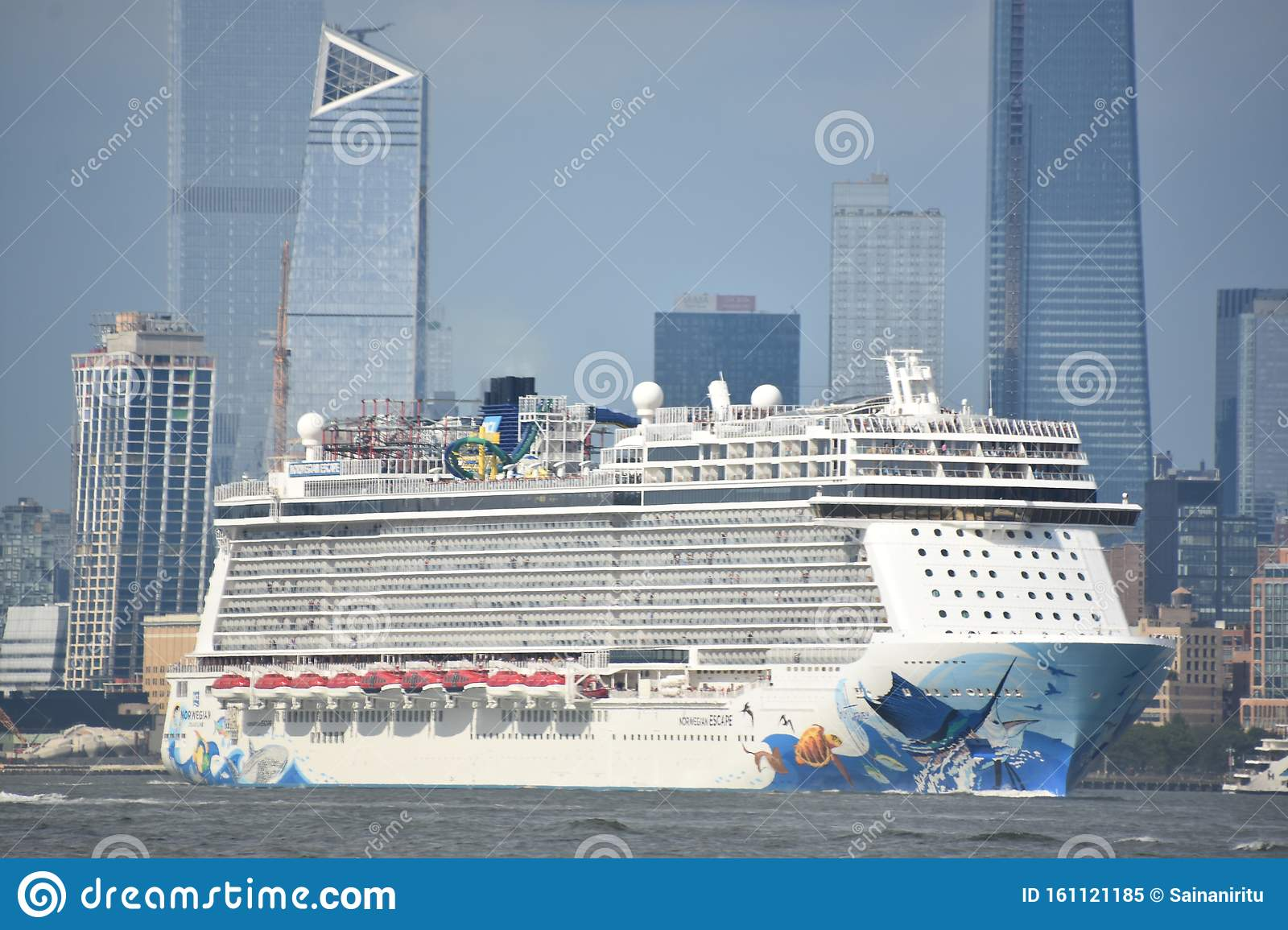 Norwegian Escape Cruise Ship Editorial Image - Image of hull, nautical:  161121185