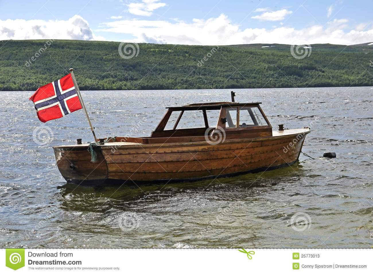 Norwegian Flag On A Old Boat Stock Photos - Image: 25773013