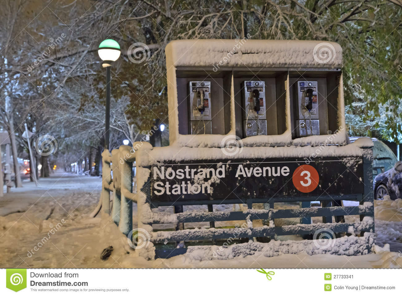 Nostrand Alleen-Station im Nor Easter